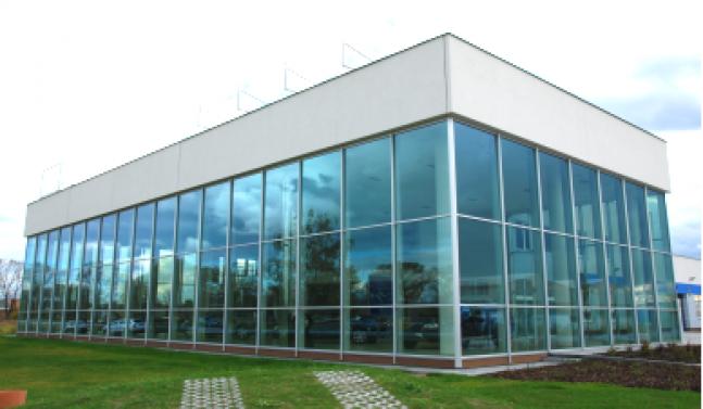 VOLVO CARS - Obchodní a servisní středisko